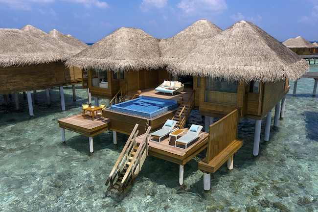 Huvafen_Fushi_Ocean_Bungalow_with_Pool_Exterior